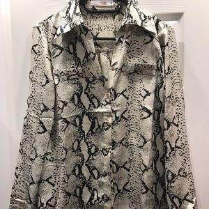 Tops - Snake print blouse